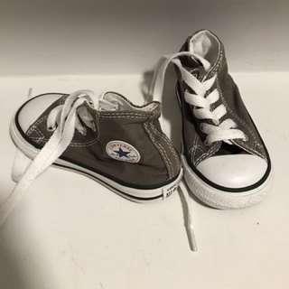 Toddler Size 6 Hi-top Converse