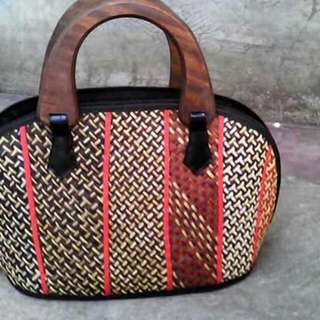 NATIVE BAGS
