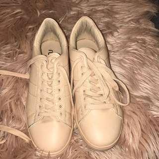 Rubi Nude Sneakers