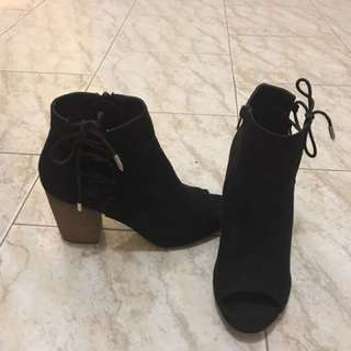 Lace Up Ankle Boots 9