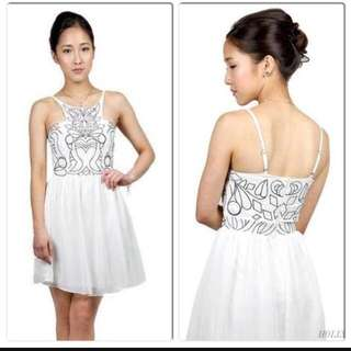 Hollyhoque White Embroidery Dress