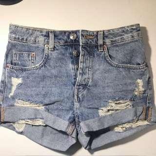 High Waisted Shorts (H&M)