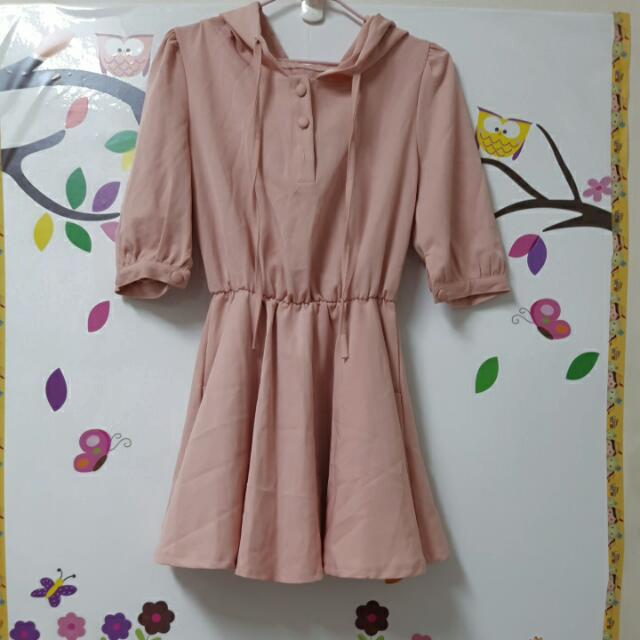 全新)粉藕色連帽洋裝