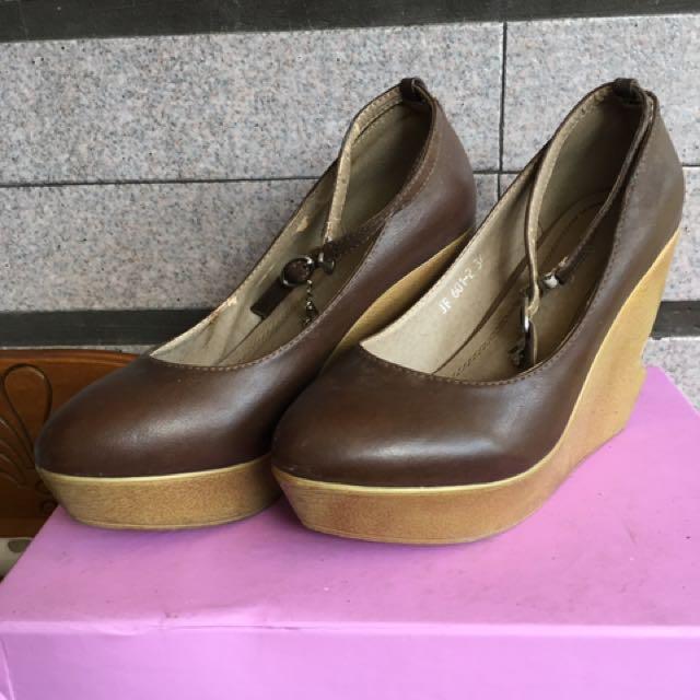 繫帶楔型鞋
