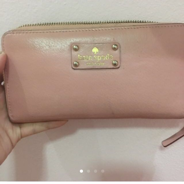 ⭐️⭐️⭐️ SALE Authentic Kate Spade Wallet