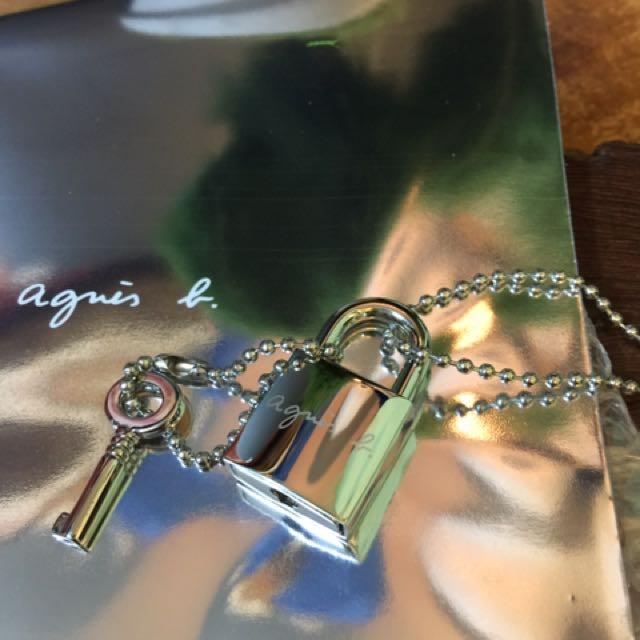 Agnes b . 銀色合金材質 絕版正品精美經典鎖頭長項鍊(超低價)