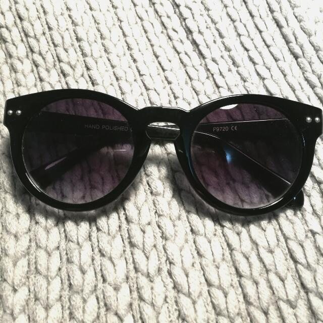 AMERICAN APPAREL Sunglasses