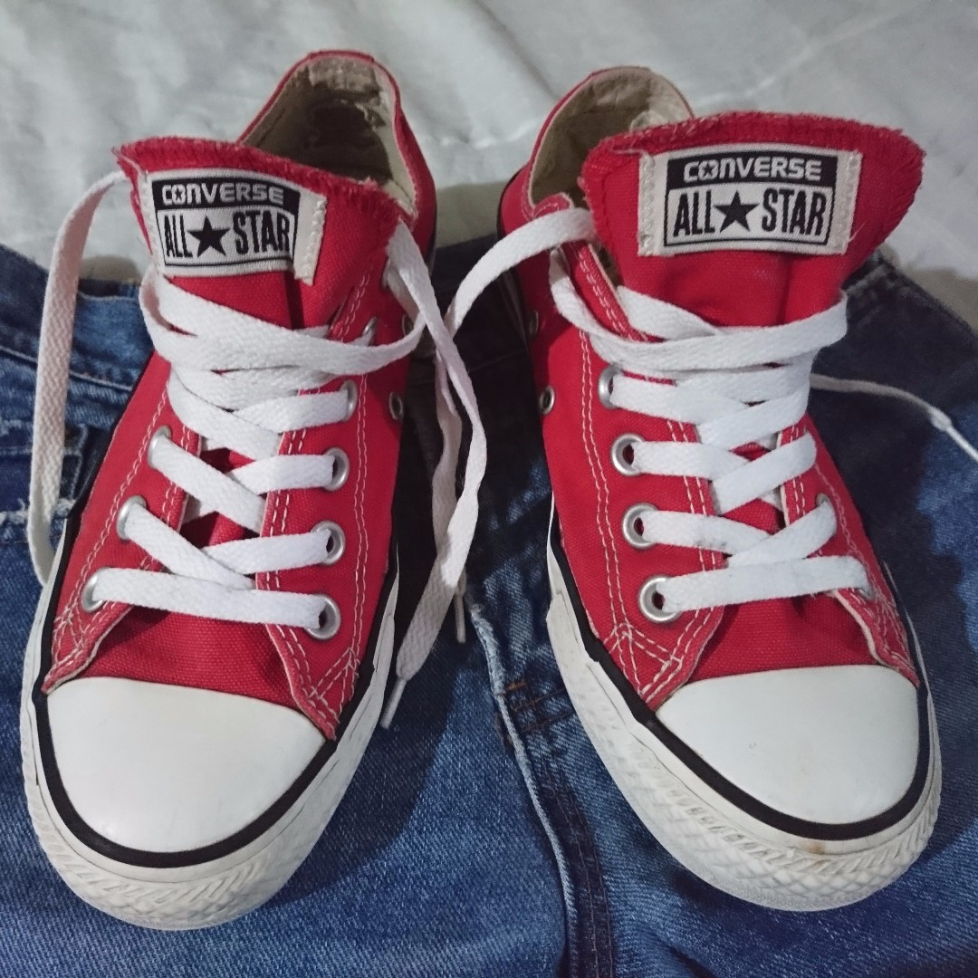 Authentic red converse