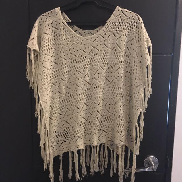 Beige Poncho (crochet)