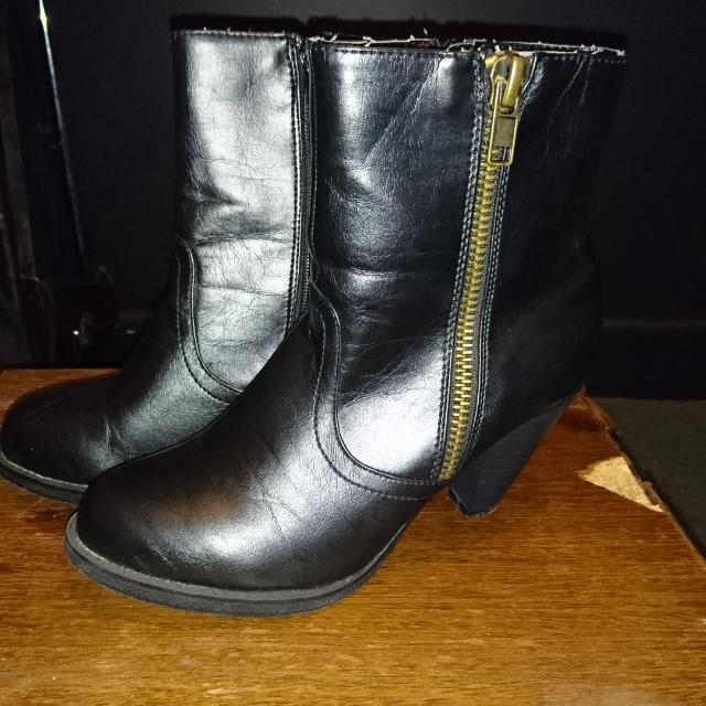 Black Ancle Boots W/ Brass Coloured Zipper