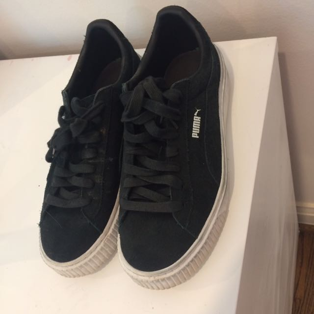BLACK AND WHITE PUMA CREEPERS