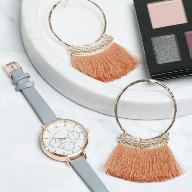 [BN] Lovisa Blush Dusty Rose Pink Pom Pom Tassel Hoop Circle Round Dangly Long Trendy Rose Gold Fashionable Earrings