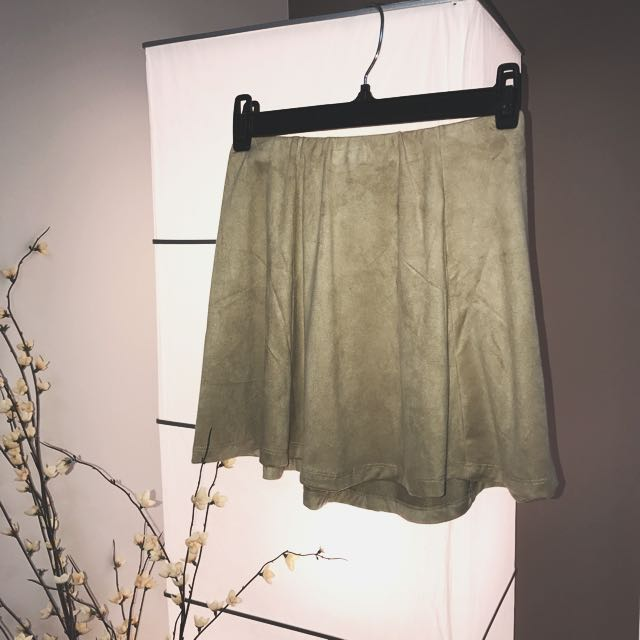 BNWT F21 Faux Suede Taupe Skirt, XS