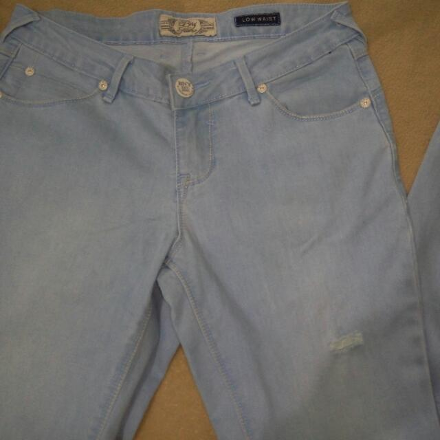 BNY Low Waist Ripped Jeans