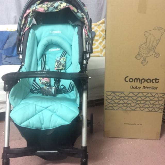 Capella light weight compact stroller with box