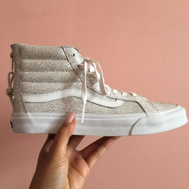 NWT Crinkle White High Top Vans