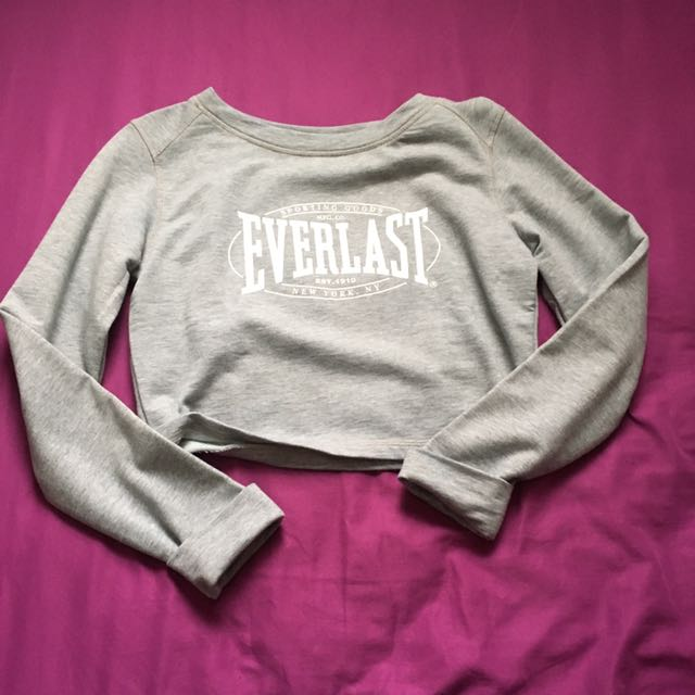 0c670e31169 Everlast Long Sleeve Cropped Top, Women's Fashion, Clothes, Tops on ...