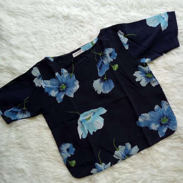 flowers dark blue