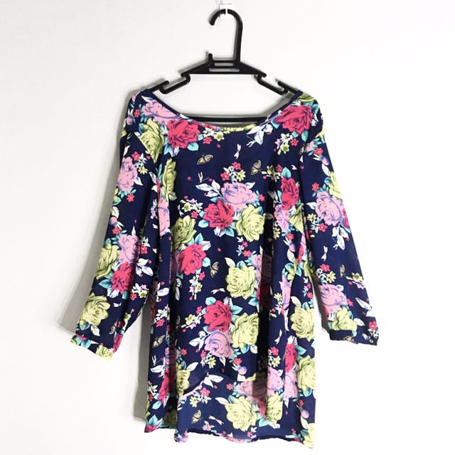 ForMe Long-Sleeved Navy Blue with Floral Print Top