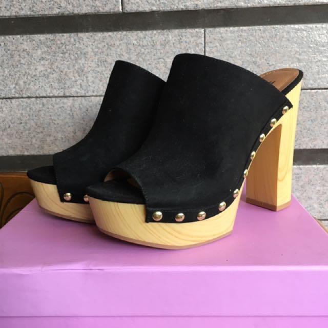 H&M麂皮粗跟涼拖鞋