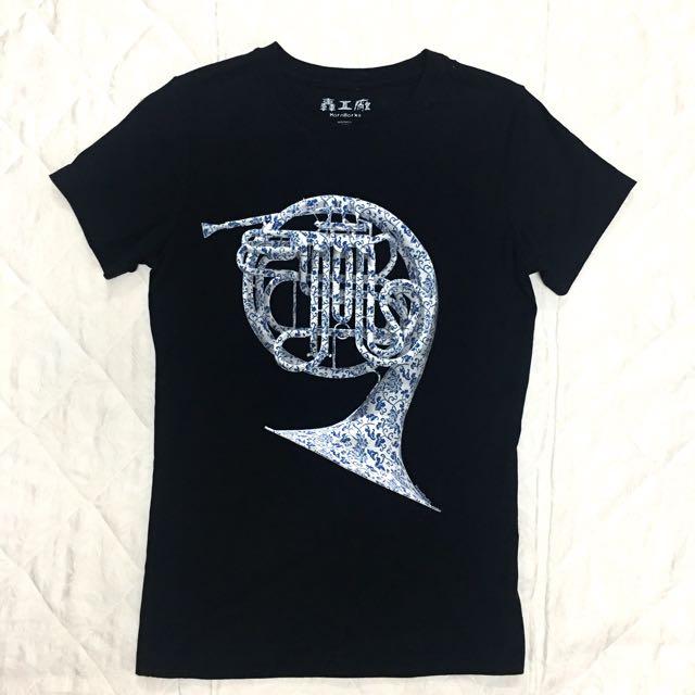 HornWorks青花瓷-法國號圖案女T恤M
