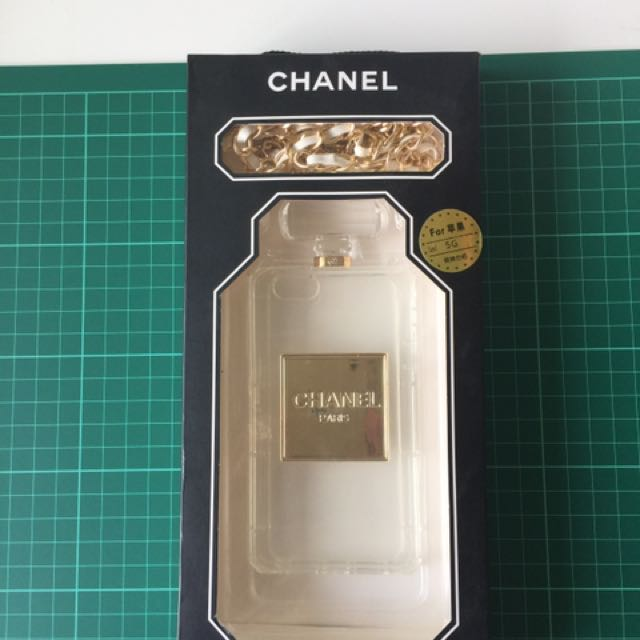 Iphone 5 cover CHANEL