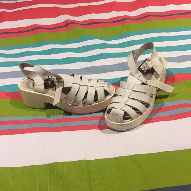 Ladies Shoes (size 8)