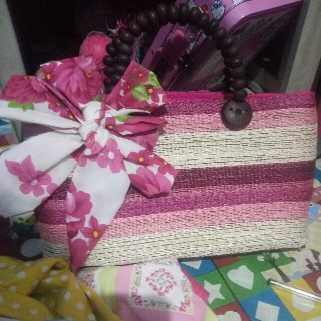 Man-made hand bag