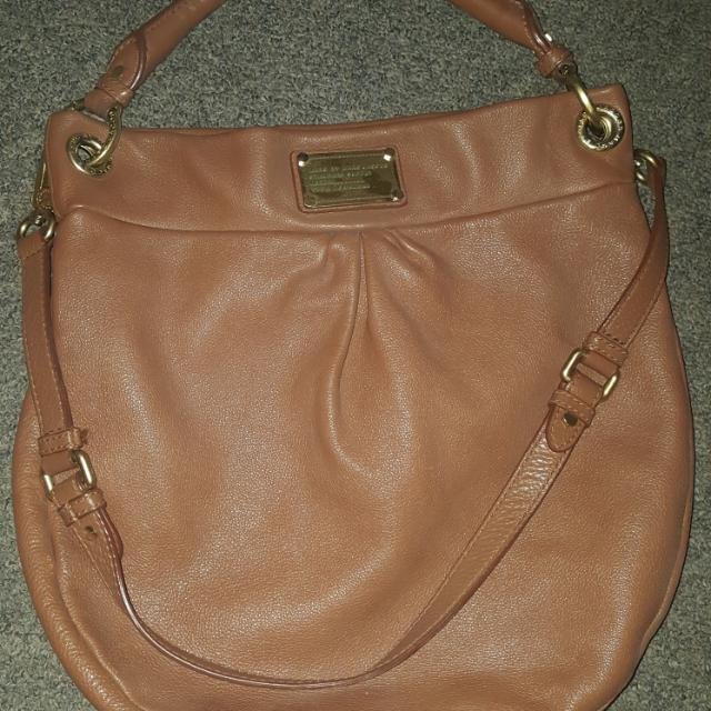 Marc By Marc Jacobs Hillier Hobo.