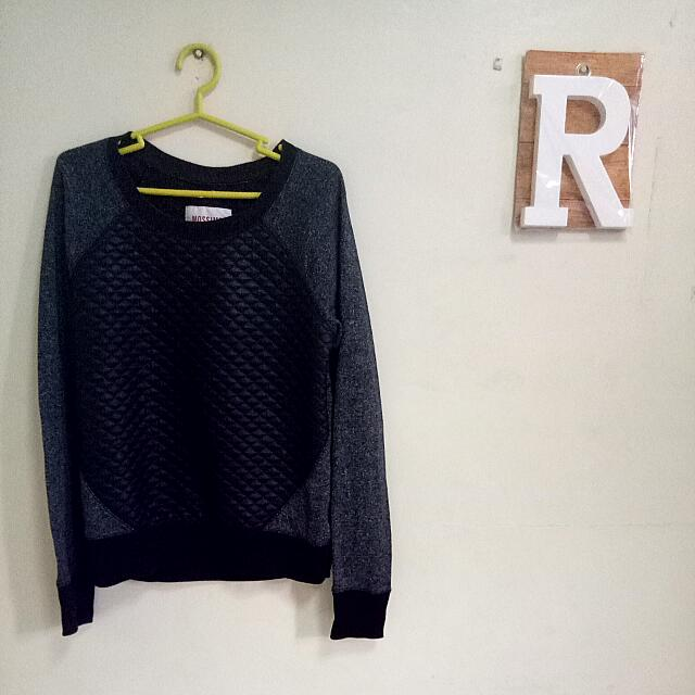 Mossimo Pull Over