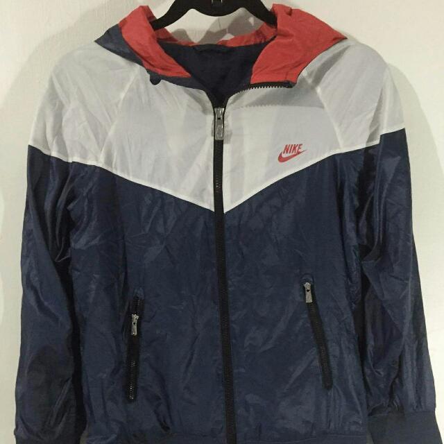 Nike Womens Jacket/windbreaker With Hood