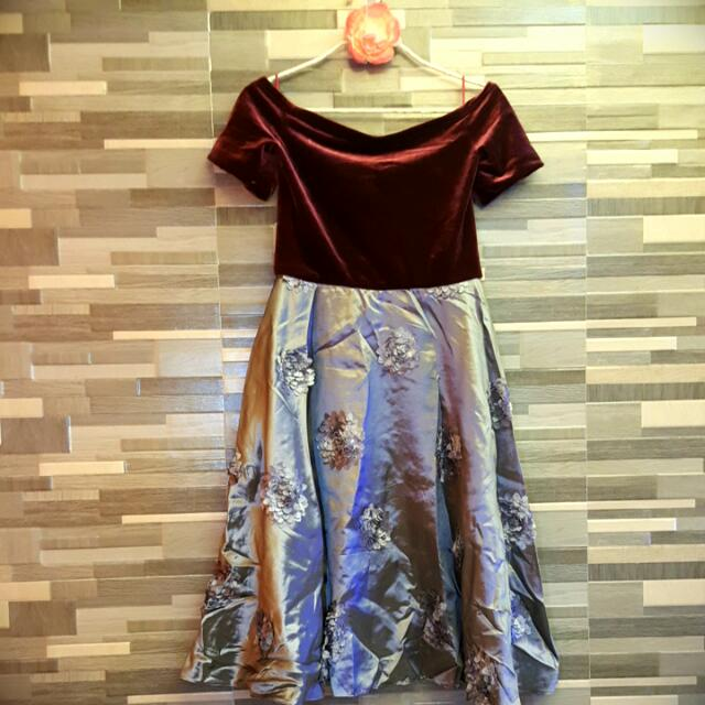Off Shoulder Dress with Belt (Maroon Velvet And Gray Vittorio)