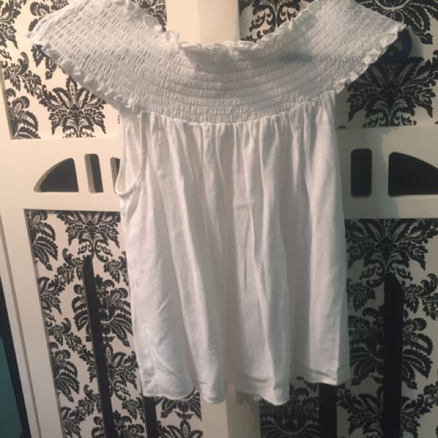Off The Shoulder White Shirt Size Large