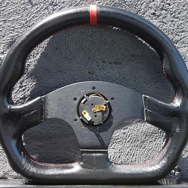 OMP Superquadro Steering Wheel 方向盘 ( MOMO, SPARCO ,TAKATA, BRIDE)