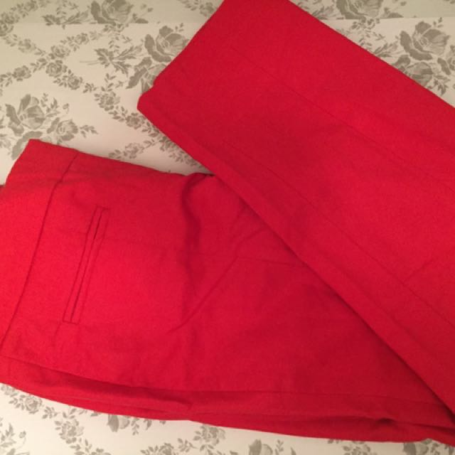 Red Capri Fitted Pants