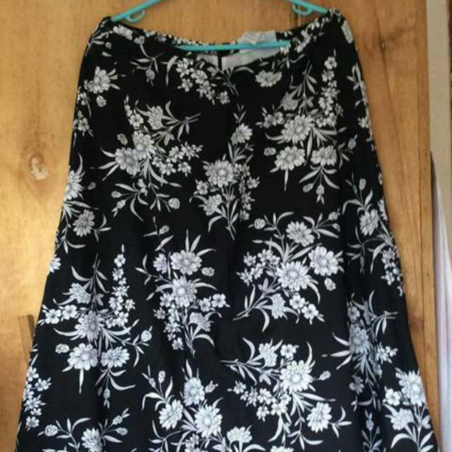 REPRICED!!Sag Harbor Skirt
