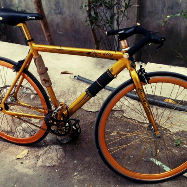 Fixie / Fixed Gear SGM John Cedric Limited Edition (upgraded)