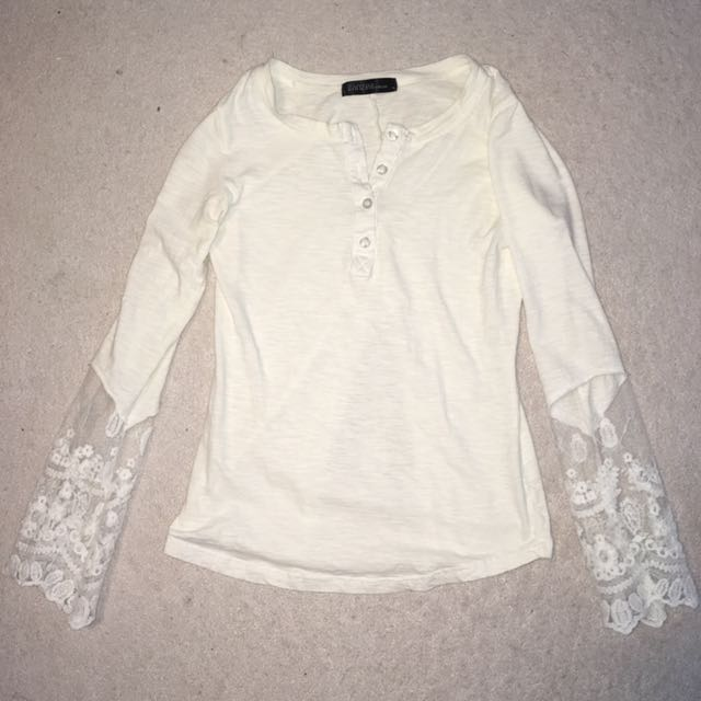 Sheer Lace Sleeves Top