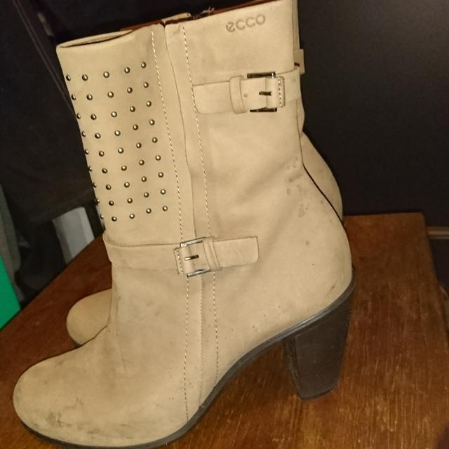 Tan Leather Eco Boots Size 38 Eur
