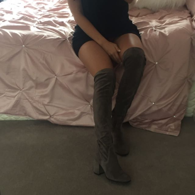 bf6c932357b Wittner Grey Suede Knee High Boots, Women's Fashion, Shoes on Carousell