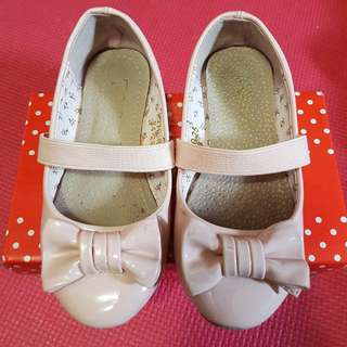 Kids Shoes Size US 9