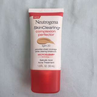 Neutrogena SkinClearing Complexion Perfector