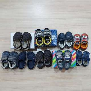 Branded shoes of various sizes