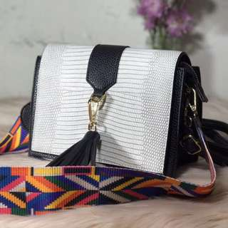 MARILYN (Coloured Strap Tassel Cross Body Bag)