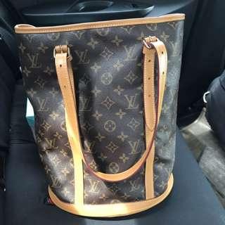LV Bucket Bag GM size
