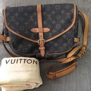 LV SAUMUR BAG