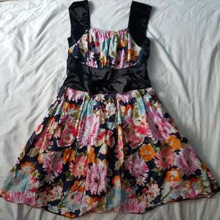 Floral Dress With Bow 🌸