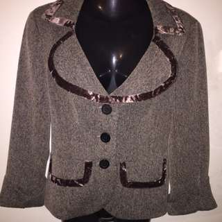 Review Jacket 8