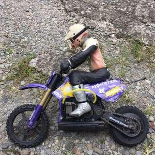 米漢M5的1/5遙控摩托車