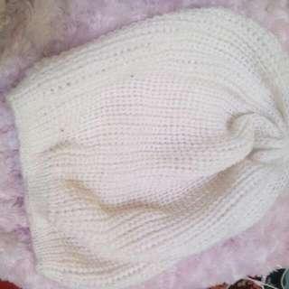 Topi Kupluk Putih